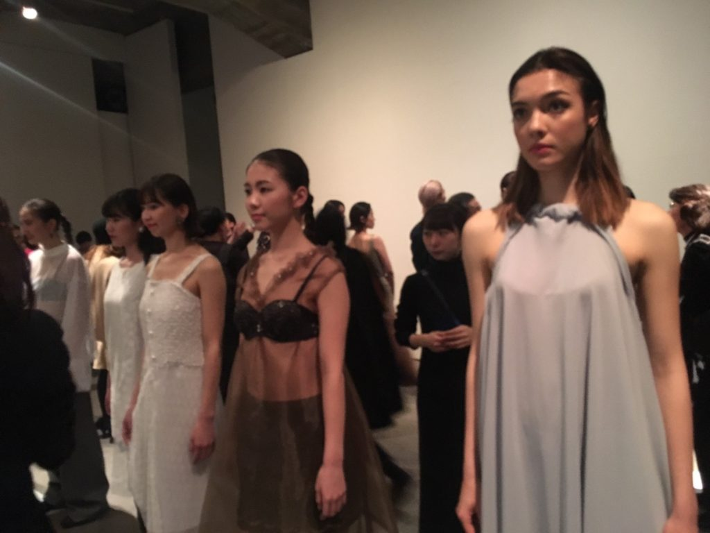 Keio Fashion Creator が贈る一年の集大成ファッションショー 「先入観」にとらわれず、自分なりの見方を