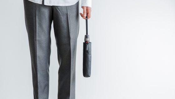 折りたたみ傘のカバーを防水レザーでアップグレード。objcts.ioから「Umbrella Cover」を数量限定で新発売!