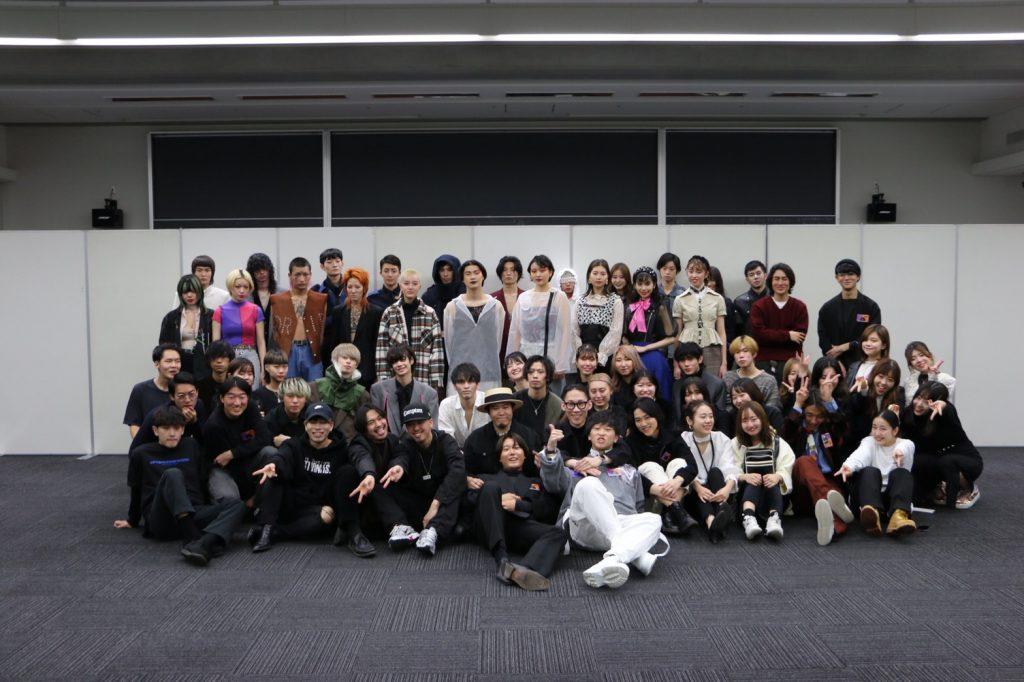 青山学院服飾愛好会によるファッションショー「変態」