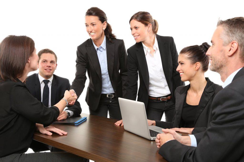 営業の仕事|アパレル業界職種ガイド
