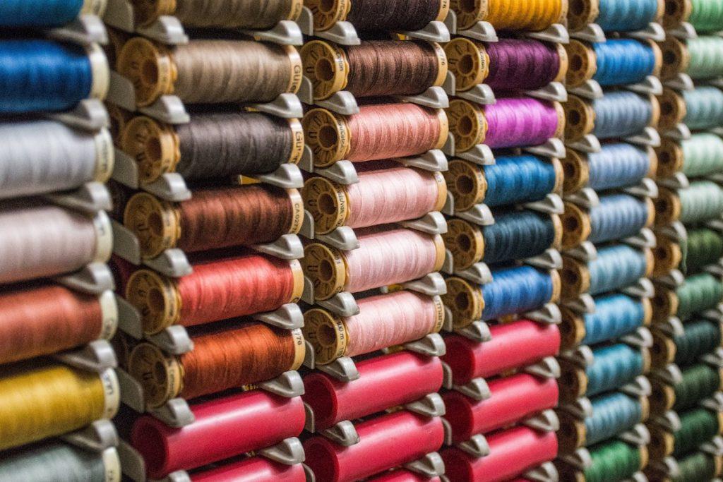 繊維メーカーとは|アパレル業界業種ガイド