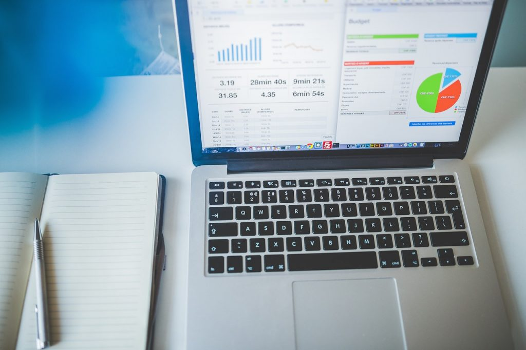 デジタルマーケティングのお仕事|アパレル業界職種ガイド