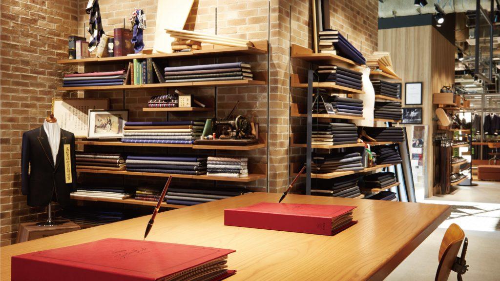 フォーマルな場に彩りを スーツブランド関連求人公開企業まとめ|ファッション・アパレル業界の仕事※2021年9月2日更新